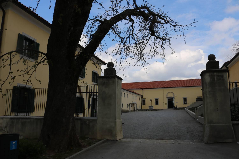 Jahrhunderte alter Hengststall von Lipica.