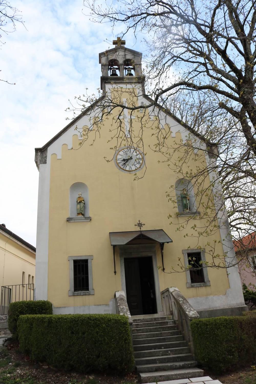 Traditionsreiche Kirche in Lipica.