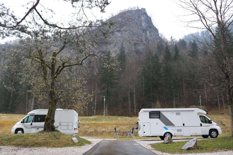 Sun Living und Adria Reisemobile am Bledersee.
