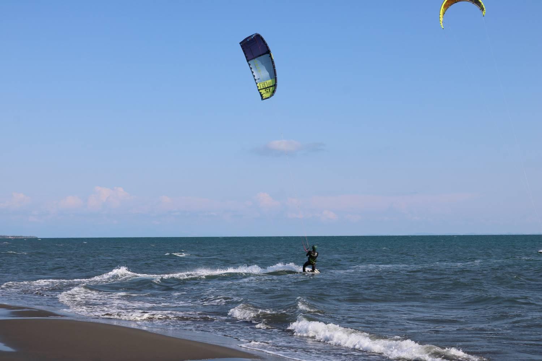 Bei Kite-Surfern bekannt ist der Safari Beach Strand.