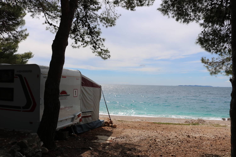 Urlaub im Wohnwagen direkt am Meer.