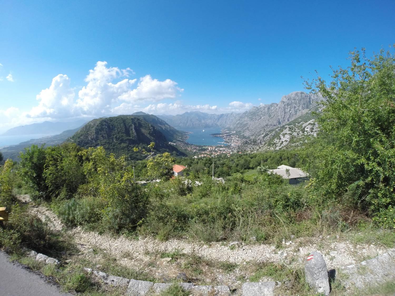 Wie ein See wirkt die geschützte Bucht von Kotor.