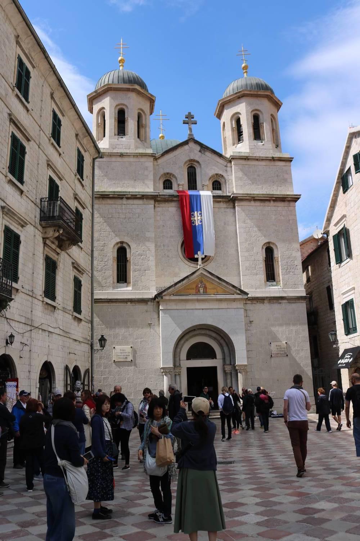 Kirche im Stadtzentrum von Kotor.