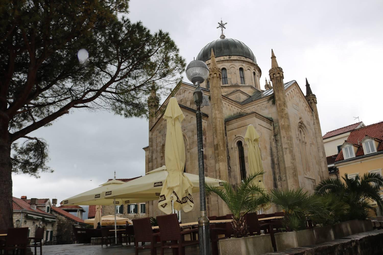 Die zentrale Kirche von Herceg Novi.