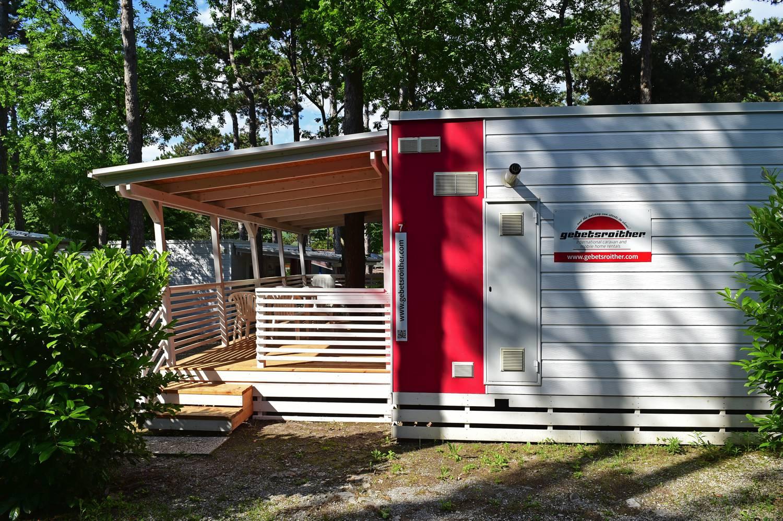 Luxus-Mobilheime im Camping Mare Pineta in Sistiana.