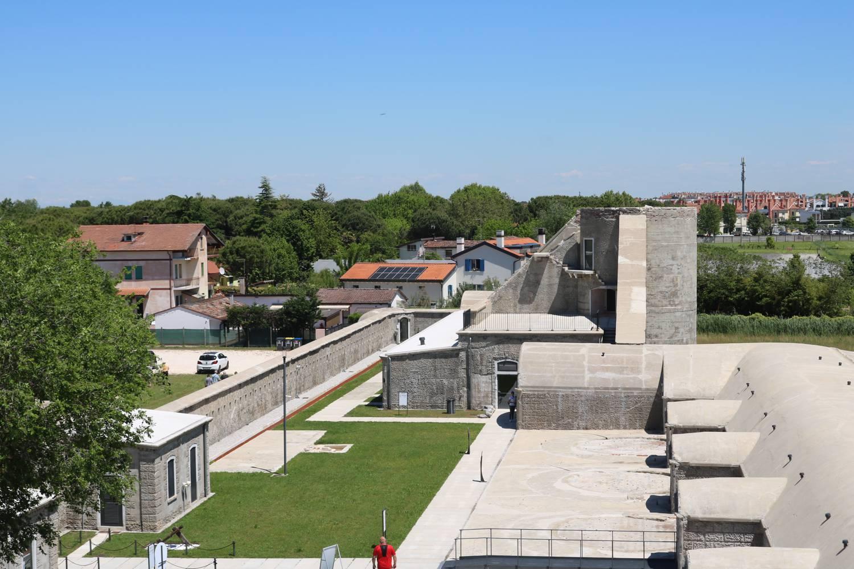 Die Festungsanlage lag früher direkt am Meer.