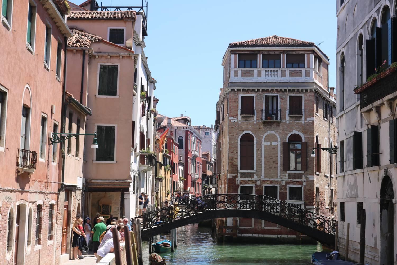 Besonders hübsche Brücke in Venedig.