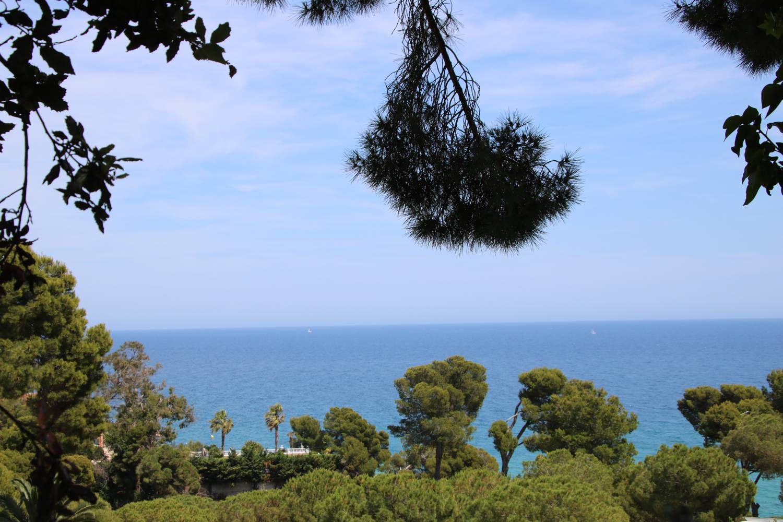 Weiter Blick auf das Mittelmeer.