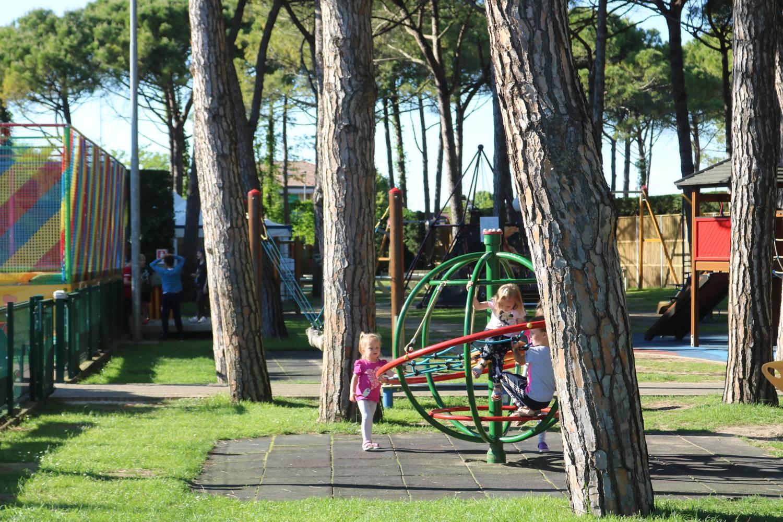 Viele Spielstationen in Marina di Venezia.