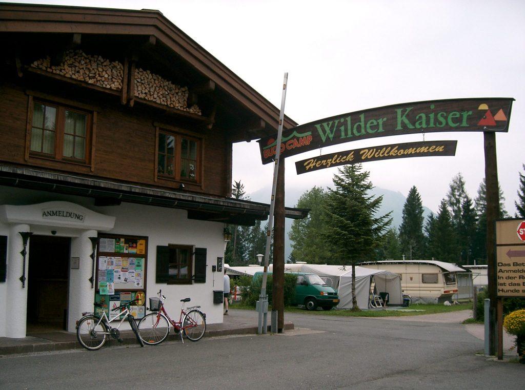 urlaub-herbst-gebetsroither-euro-camp-wilder-kaiser_tirol-koessen-oesterreich