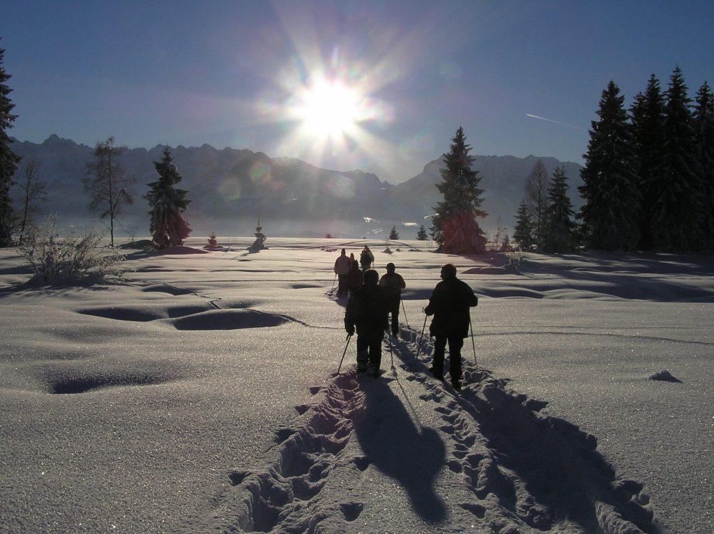 urlaub-winter-gebetsroither-schneeschuhwandern-koessen-tirol-sportundnatur-4